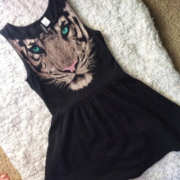 Divided Dresses   Skirts - H M Divided Black Tiger Dress ... 1dcf2a3a4